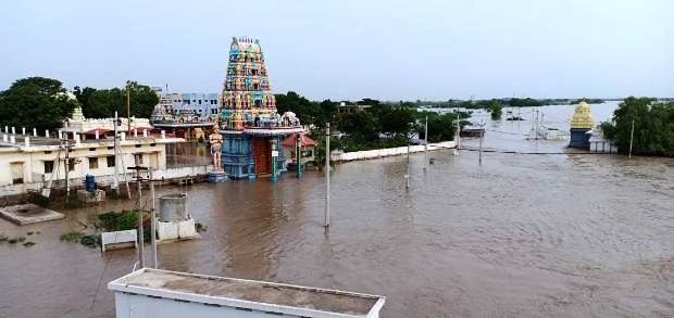 Alampur temple in flood